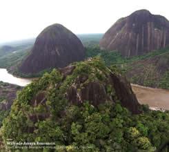 Primer lugar: Sobre los tres Gigantes; tomada en Los Cerros de Mavicure en la comunidad el Remanso en Inírida (Guainía) de Wilfredo Amaya, ganador de Diez millones de pesos.
