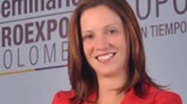 María Claudia Lacouturem