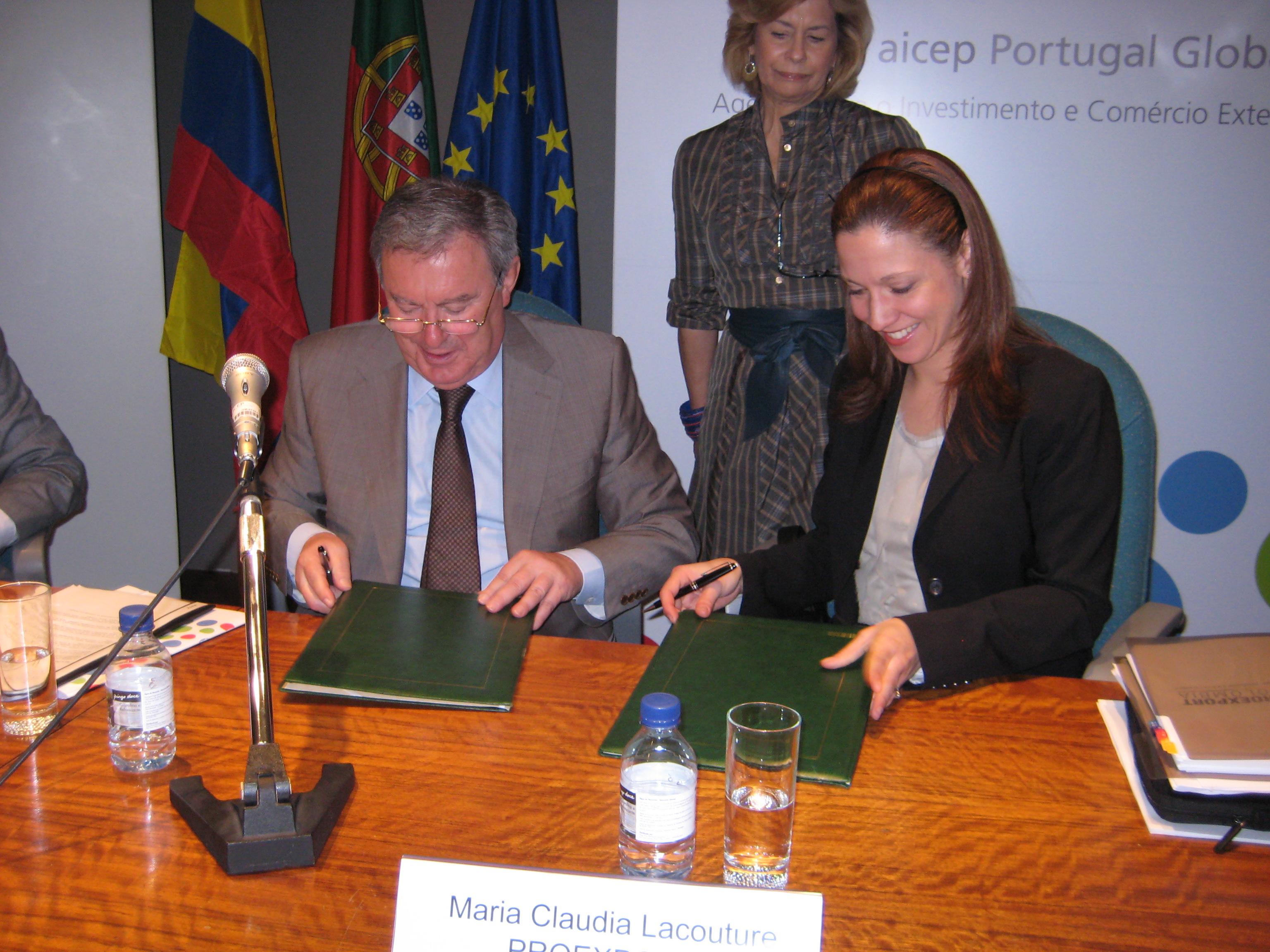 Firma Protocolo de Cooperación  Portugal y Proexport